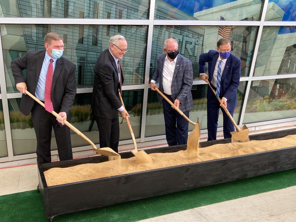 Bossier City Mayor Tommy Chandler, CIC Executive Director/President Craig Spohn, Gov. John Bel Edwards and La. Tech University President Dr. Les Guice turn dirt.
