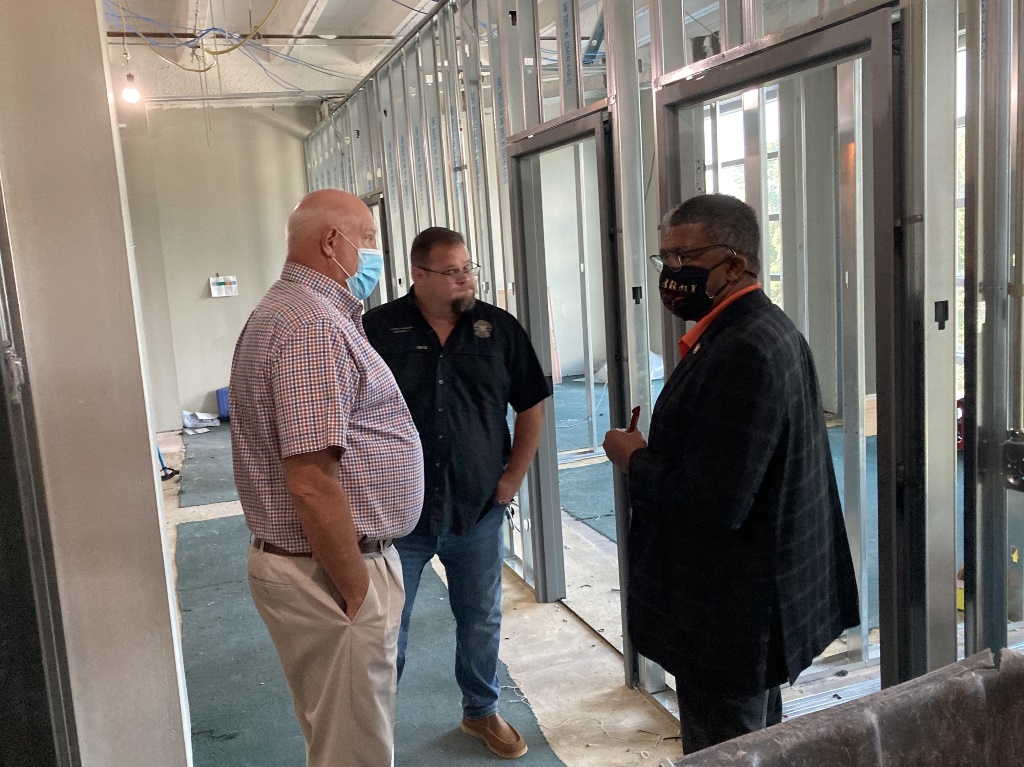 Parish Administrator Bill Altimus (left) talks about renovations on the fourth floor with police jury members Phiip Rodgers (center) and Charles Gray.